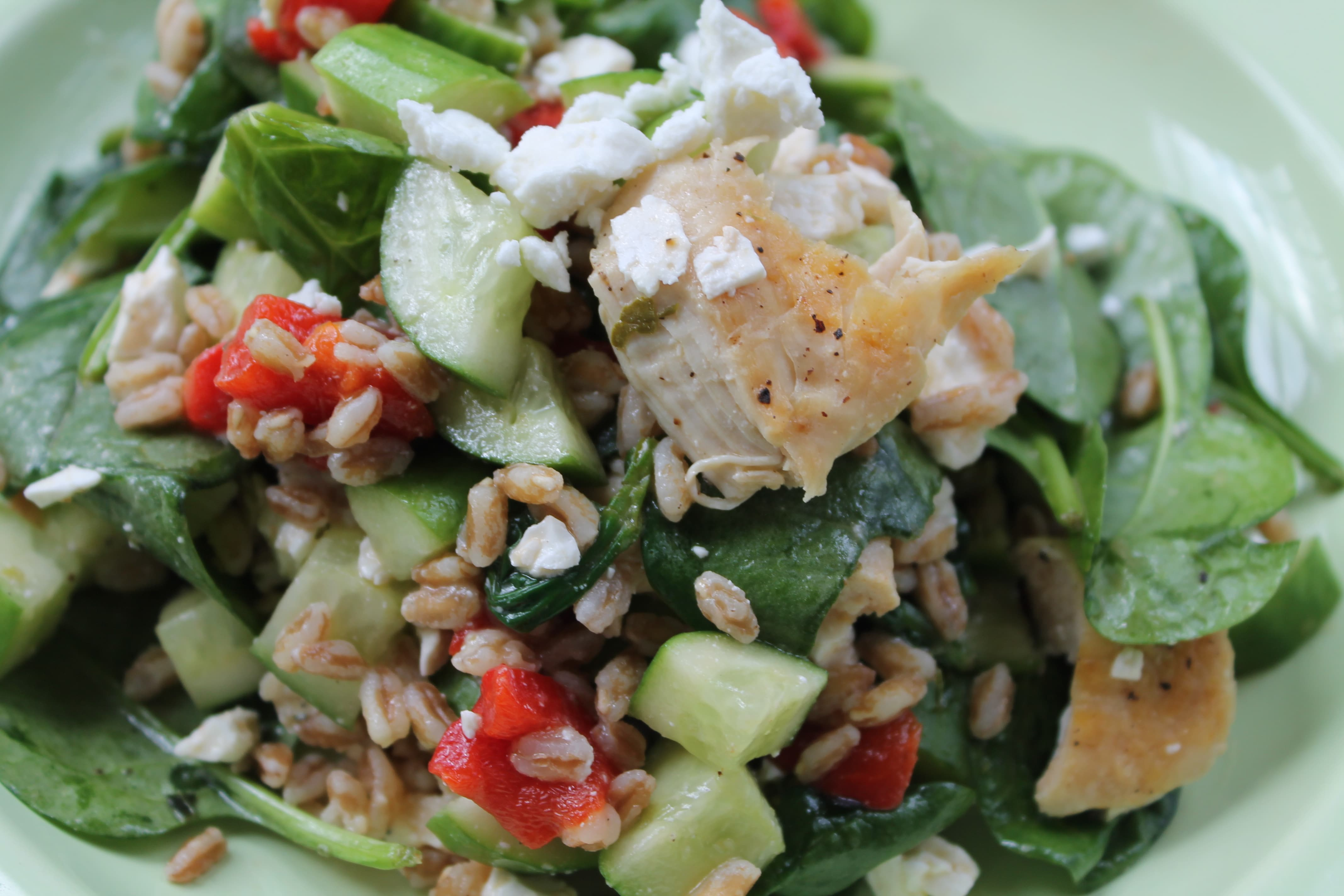 Mediterranean Spinach Salad with Farro