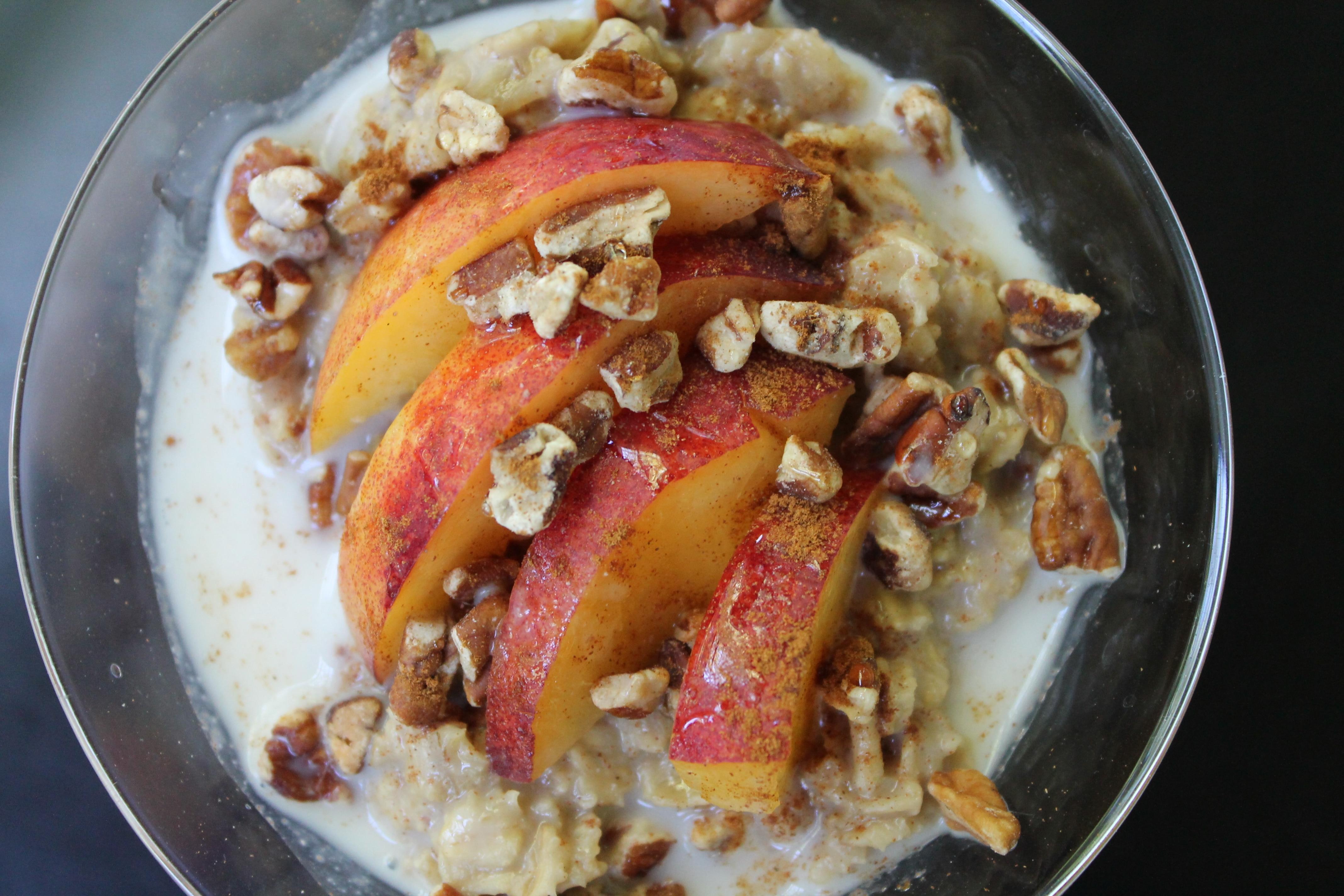 Chai Tea Oatmeal with Peaches, Pecans, and Honey