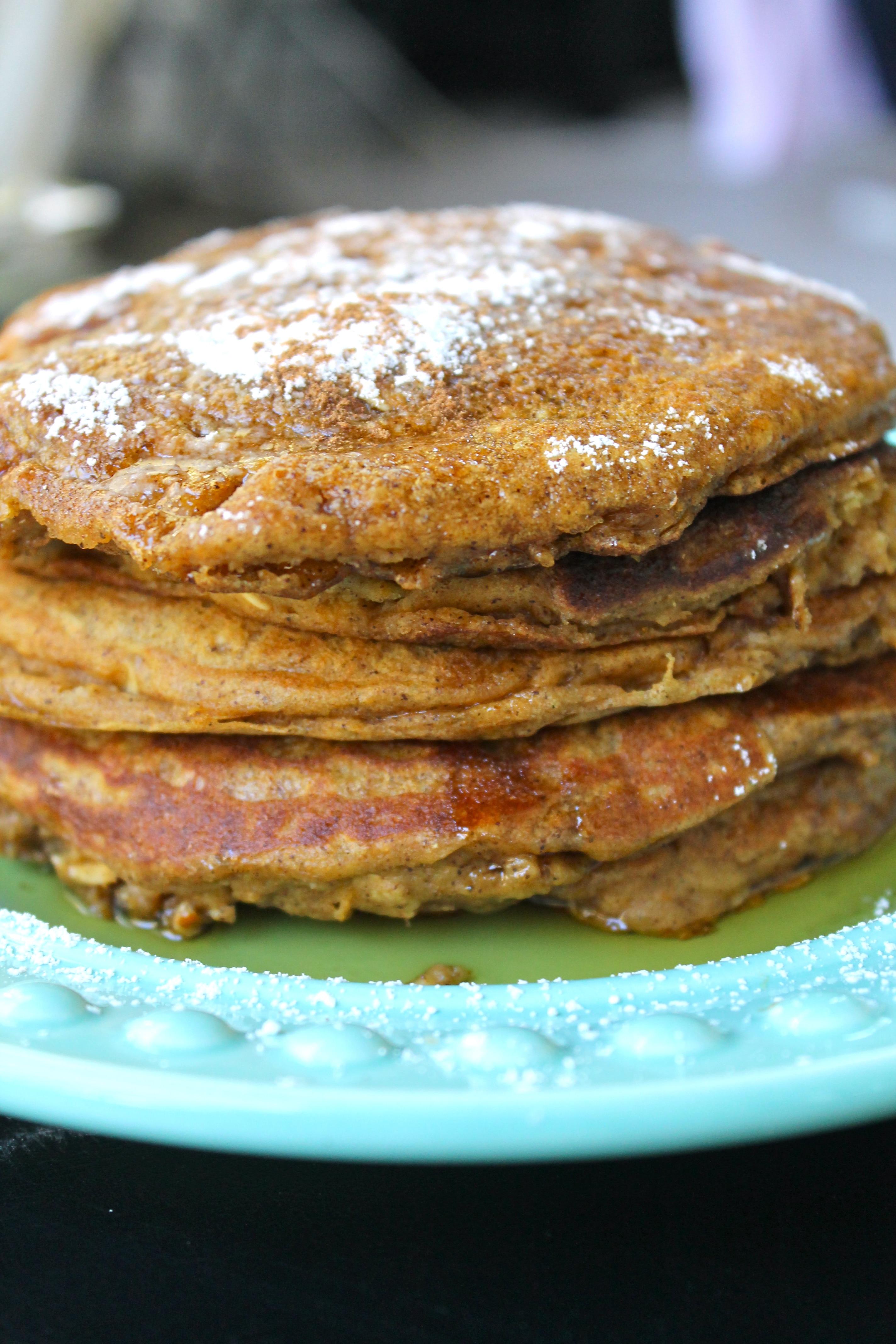Pumpkin Oat Greek Yogurt Pancakes