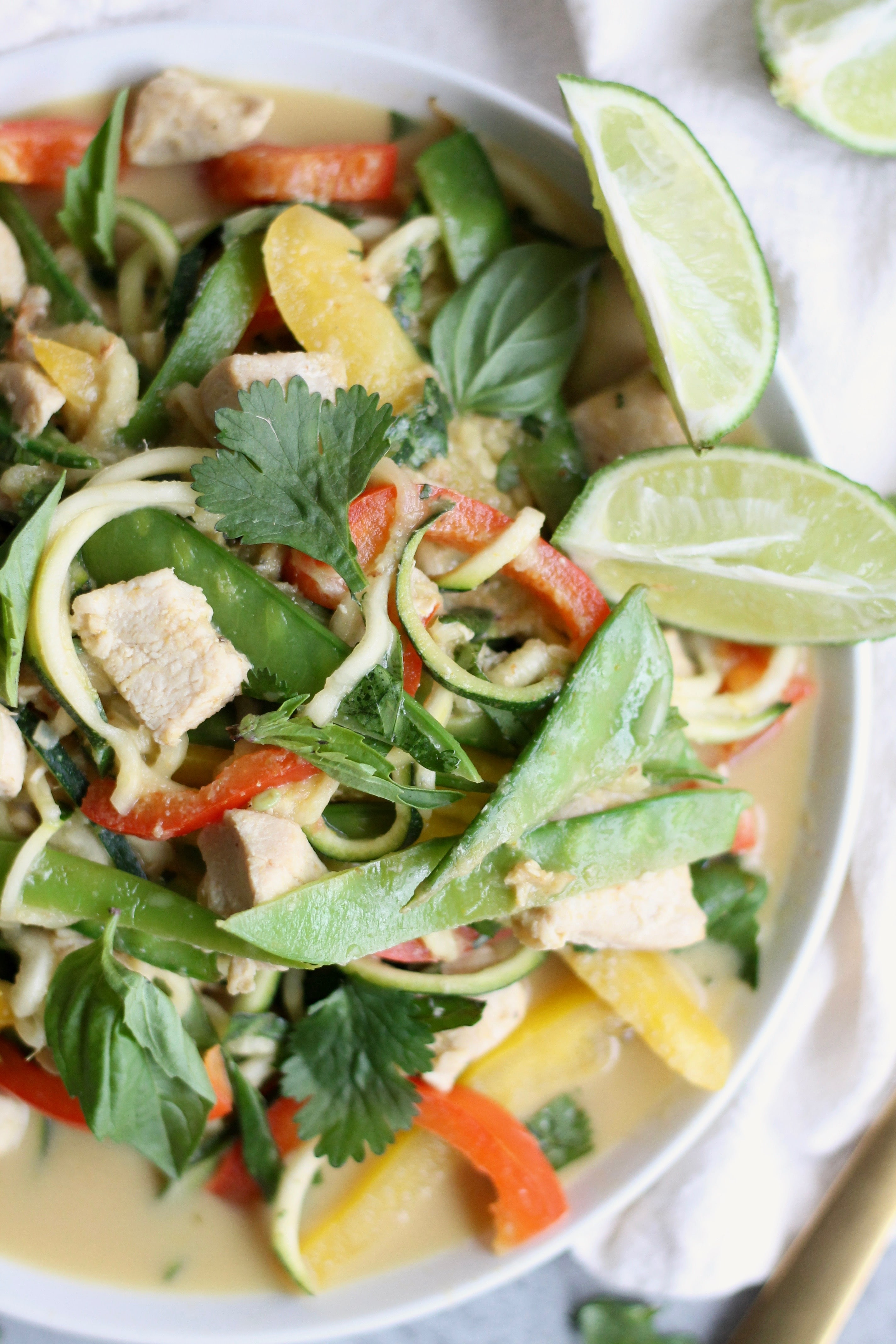 Thai Green Curry Chicken Vegetable Zucchini Noodles
