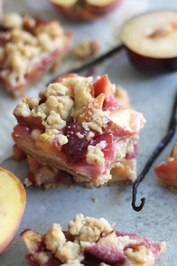 Vanilla Bean Peach Plum Pie Crumble Bars