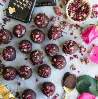 Healthy Dark Chocolate Nut and Date Rose Truffles