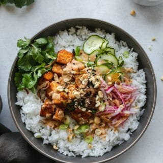 Spicy Peanut Tofu Bowls with Quick Pickled Veggies