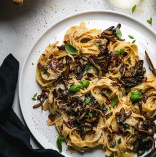 Tagliatelle Carbonara with Crispy Mushrooms